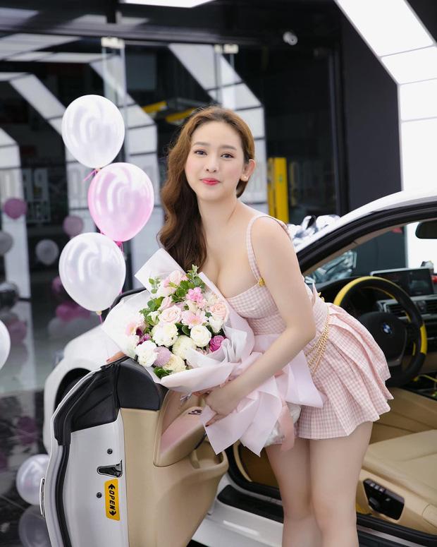 Thuý Vi - 4 năm bỏ học lên Sài Gòn mua nhà tậu xe: Nếu ba là chủ tịch tập đoàn thì sẽ vui vẻ du học, còn nghèo nên... ra đời sớm!-4