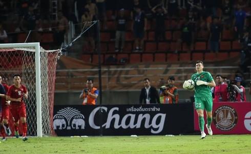 Thái Lan 0-0 Việt Nam: Đặng Văn Lâm xuất sắc giữ lại 1 điểm cho Việt Nam-5