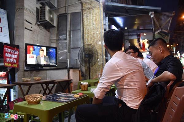 Người hâm mộ Việt Nam thở phào sau khi hòa Thái 0 - 0-36