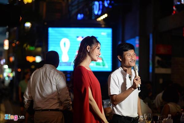 Người hâm mộ Việt Nam thở phào sau khi hòa Thái 0 - 0-47