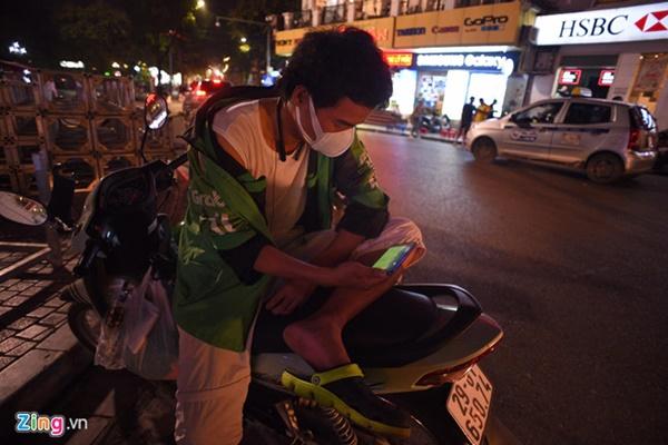 Người hâm mộ Việt Nam thở phào sau khi hòa Thái 0 - 0-4