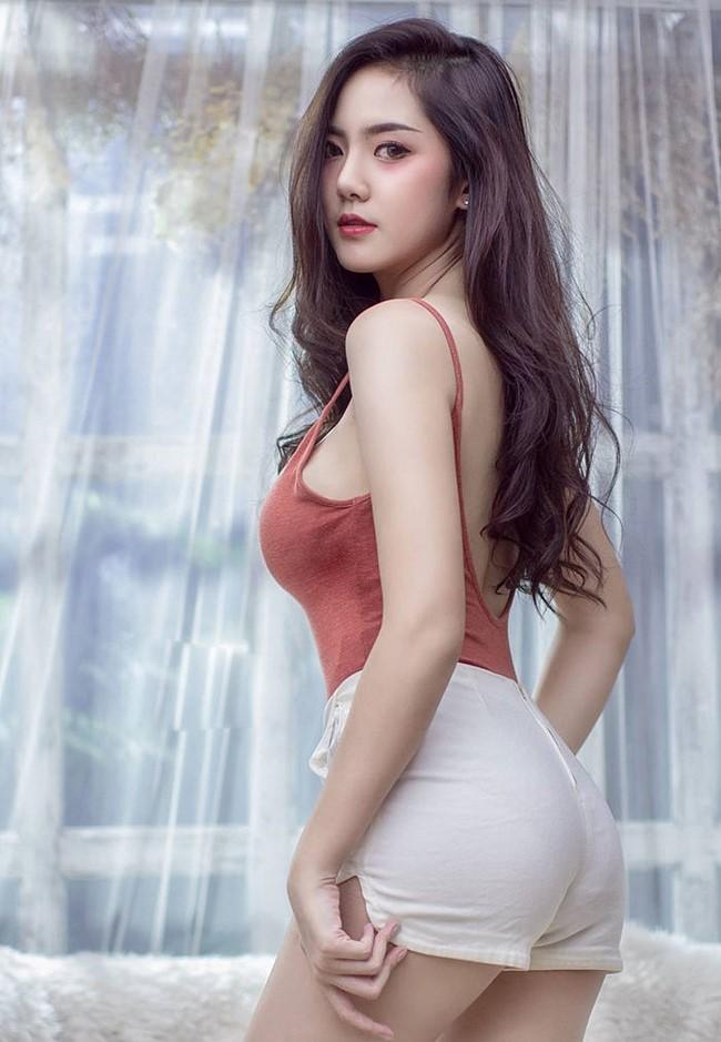 Hot girl quyến rũ bậc nhất Thái Lan mặc áo dây đẹp thứ 2 thì ít ai tranh số 1-7