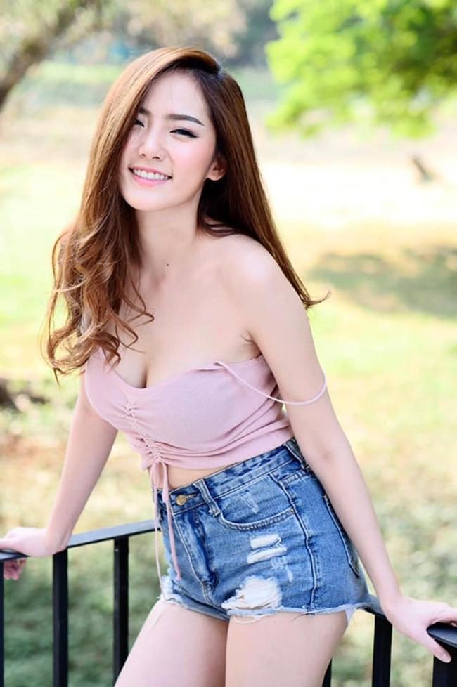 Hot girl quyến rũ bậc nhất Thái Lan mặc áo dây đẹp thứ 2 thì ít ai tranh số 1-12