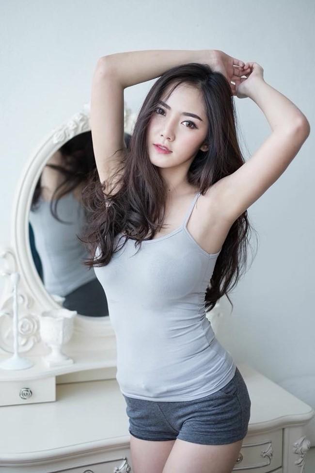 Hot girl quyến rũ bậc nhất Thái Lan mặc áo dây đẹp thứ 2 thì ít ai tranh số 1-13