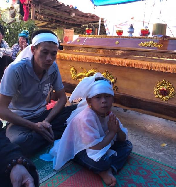Chồng của sản phụ chết bất thường ở Bệnh viện Sơn La: Vợ con tôi chết oan, kể cả khai quật tử thi tôi cũng mong làm sáng tỏ-2