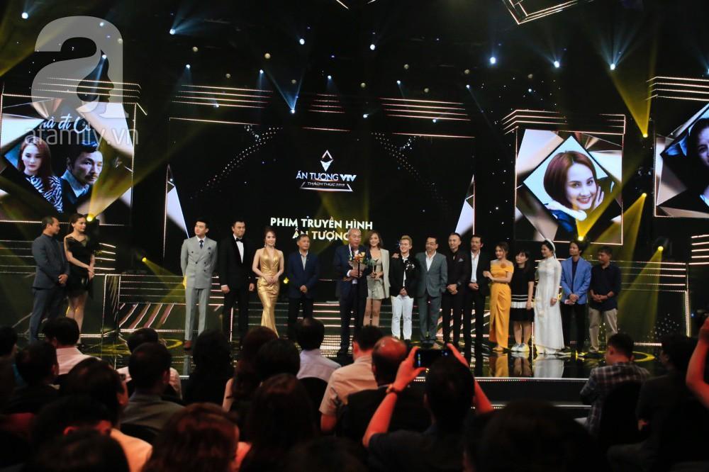 Không ngoài dự đoán, Về nhà đi con thắng lớn ở VTV Awards 2019 khiến ai cũng vỡ òa-4