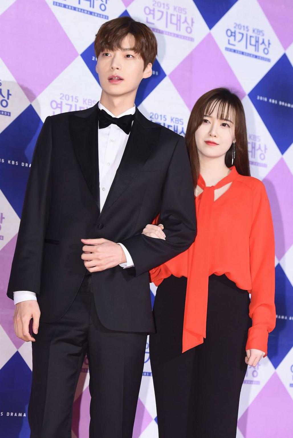 Ahn Jae Hyun chính thức gửi lời xin lỗi sau bao ngày im lặng, tuyên bố sẽ tiết lộ mọi bí mật phía sau cuộc hôn nhân-1