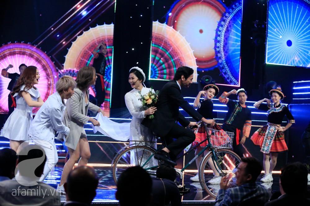 """Bố Sơn - cô Hạnh Về nhà đi con"""" chính thức được tổ chức đám cưới ngay tại VTV Awards 2019-5"""