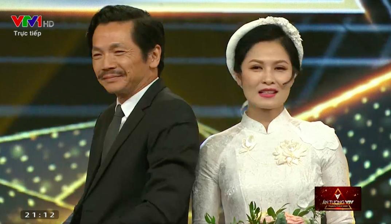 """Bố Sơn - cô Hạnh Về nhà đi con"""" chính thức được tổ chức đám cưới ngay tại VTV Awards 2019-3"""