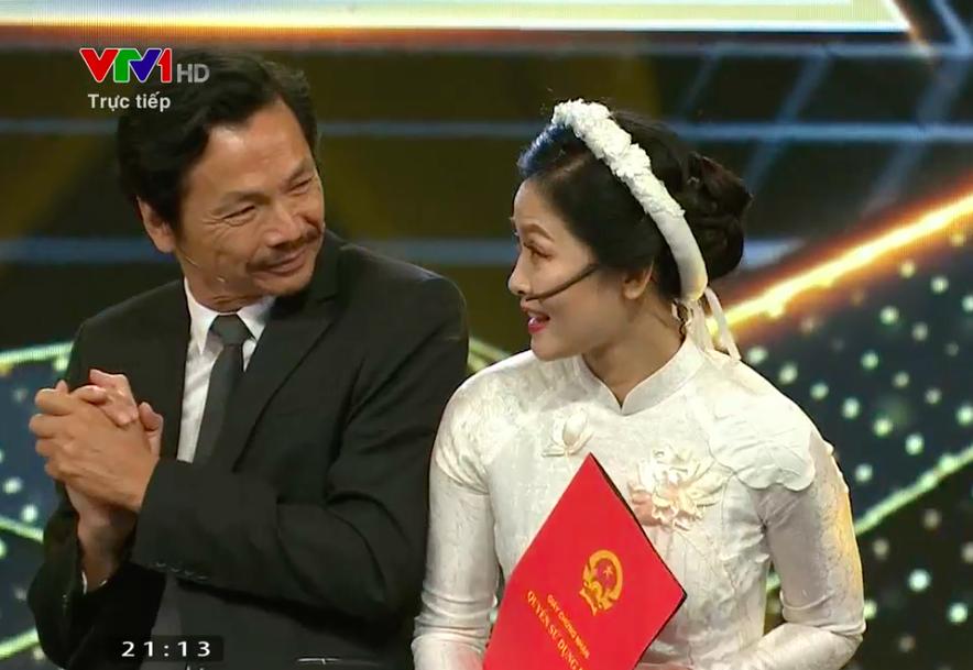 """Bố Sơn - cô Hạnh Về nhà đi con"""" chính thức được tổ chức đám cưới ngay tại VTV Awards 2019-4"""