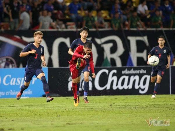 Tuyển Việt Nam đá vòng loại World Cup: Thầy hăng, chỉ lo trò...-2