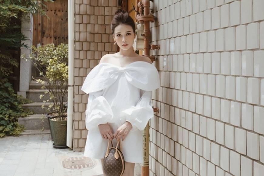 Diện váy trắng yêu kiều và sang chảnh, Sam dạo chơi trên đường phố Hàn Quốc khiến ai cũng ngoái nhìn-9