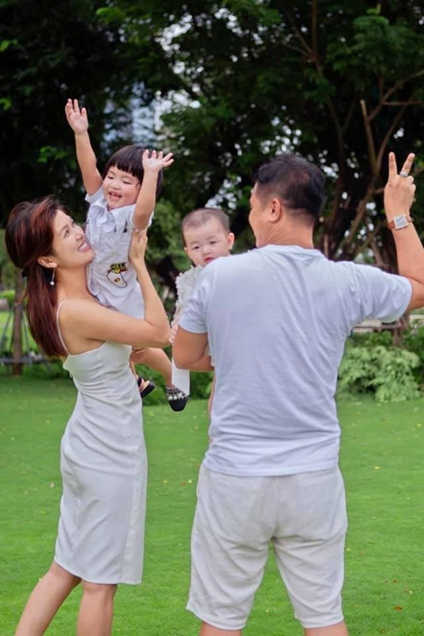 Khó ai địch lại Hoa hậu Hồ Oanh Yến: Sinh 5 con vẫn đẹp xuất sắc-5