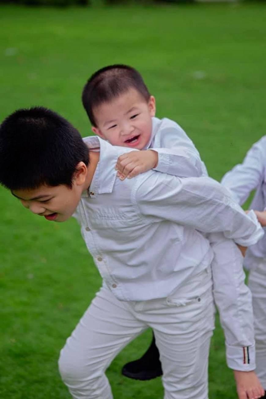Khó ai địch lại Hoa hậu Hồ Oanh Yến: Sinh 5 con vẫn đẹp xuất sắc-7