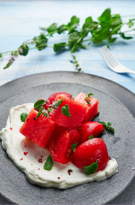 Học người Hy Lạp cách làm món salad vừa ngon vừa lành mạnh, ăn đến đâu đẹp đến đấy!-3