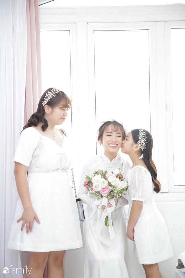 HOT: Toàn cảnh lễ đưa dâu toàn siêu xe hơn 100 tỷ của con gái đại gia Minh Nhựa, quà cưới toàn vàng, kim cương đeo đỏ tay-30