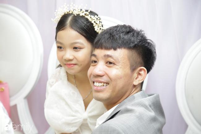 HOT: Toàn cảnh lễ đưa dâu toàn siêu xe hơn 100 tỷ của con gái đại gia Minh Nhựa, quà cưới toàn vàng, kim cương đeo đỏ tay-12