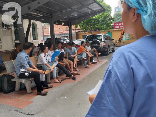 Bố của bé trai 10 tuổi bị người thân chém đứt lìa bàn tay ở Bắc Giang: Giờ tôi chưa dám lại nhìn con-2