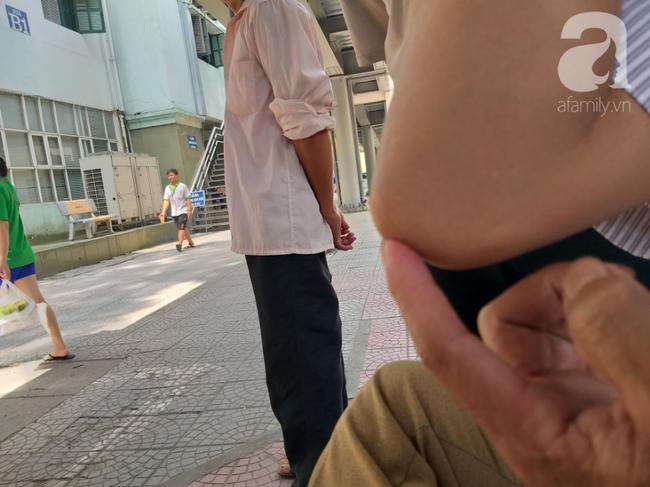 Bố của bé trai 10 tuổi bị người thân chém đứt lìa bàn tay ở Bắc Giang: Giờ tôi chưa dám lại nhìn con-5