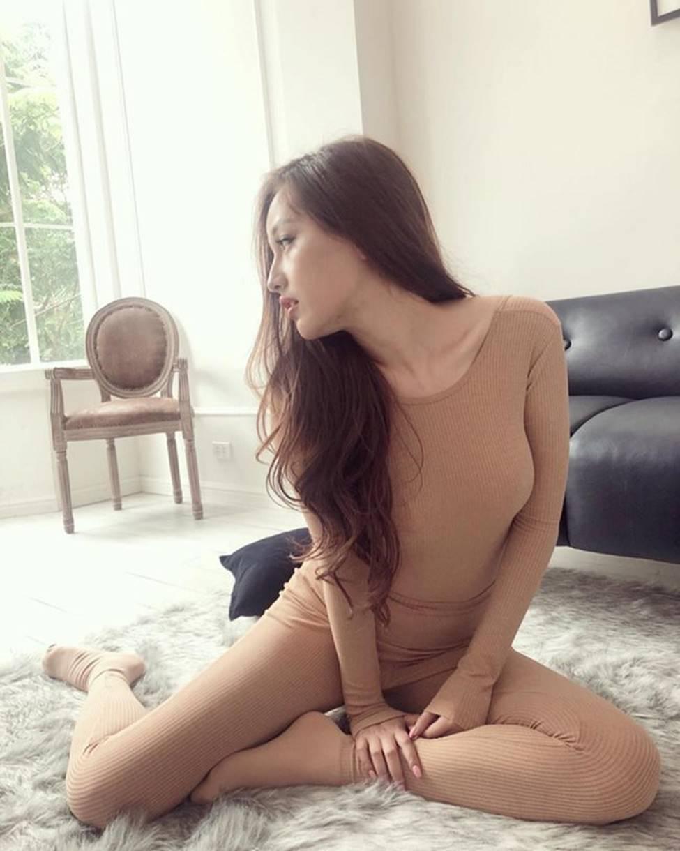 Mai Phương Thúy, Hồ Ngọc Hà gây hiểu lầm tai hại vì áo, bikibi màu da-16