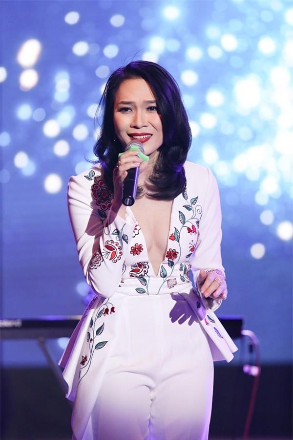 VTV Awards: Nhận giải thưởng lớn nhưng vắng mặt, Đông Nhi bị chỉ trích vì lý do không ngờ này-3