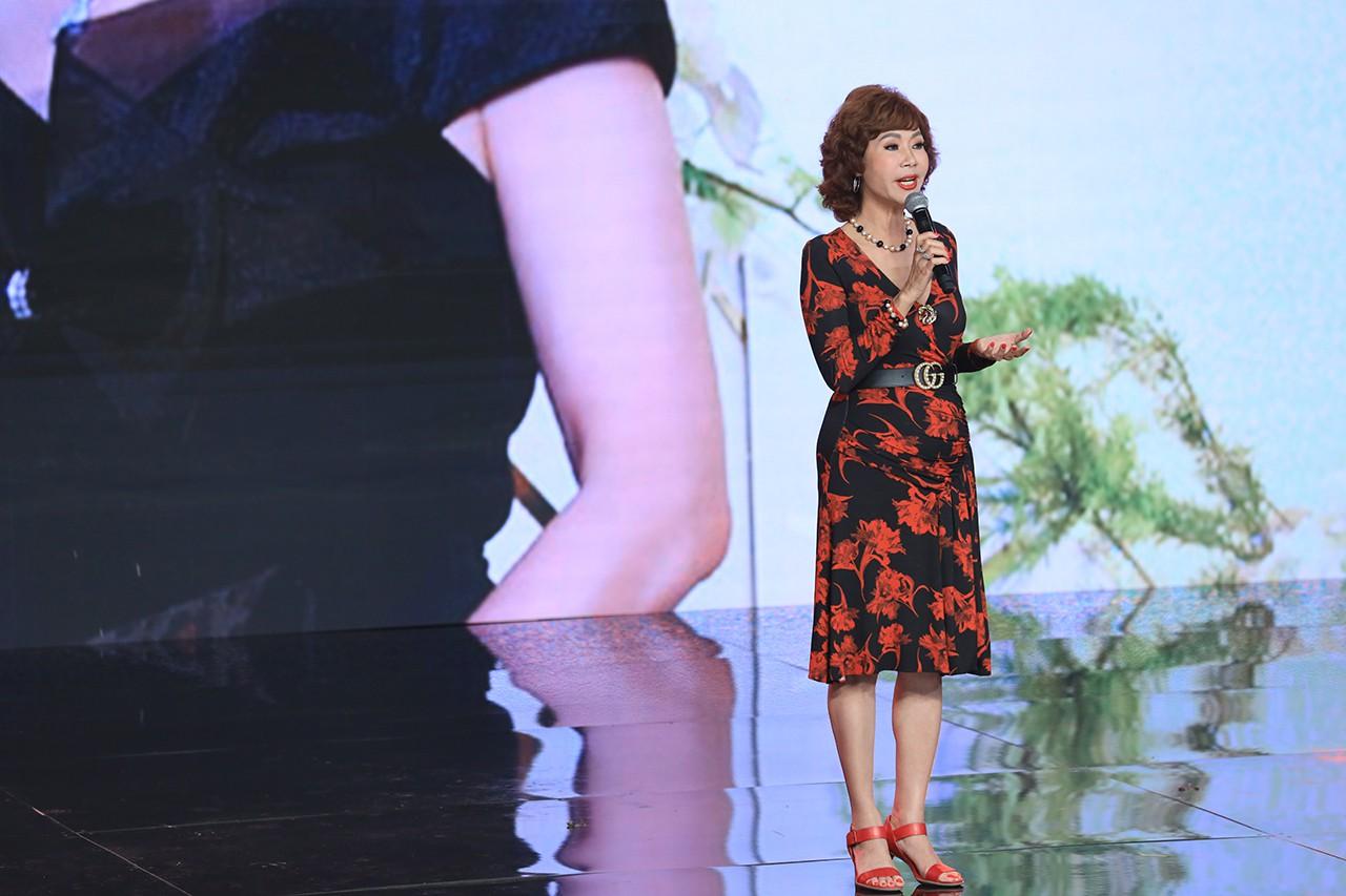 Ký ức vui vẻ: Vỡ òa khi Hoa hậu HTV lần đầu xuất hiện, tiết lộ tuổi thật U60 khiến ai cũng ngỡ ngàng-4