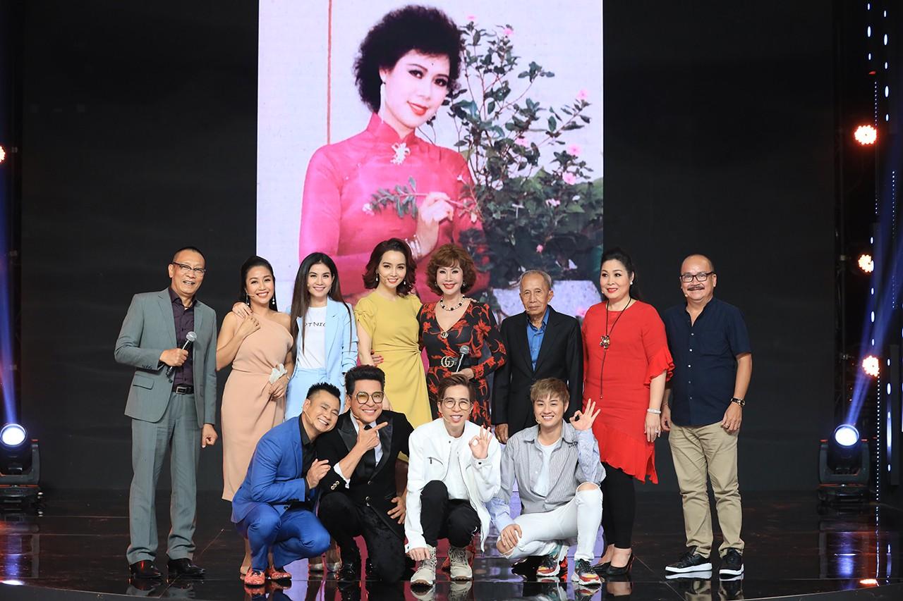Ký ức vui vẻ: Vỡ òa khi Hoa hậu HTV lần đầu xuất hiện, tiết lộ tuổi thật U60 khiến ai cũng ngỡ ngàng-8