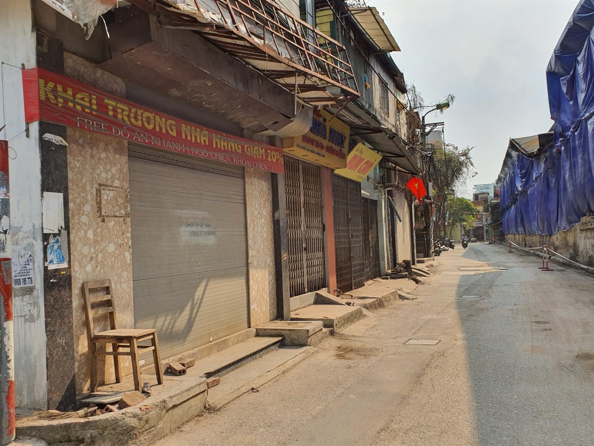Hàng quán đóng cửa sang nhượng, dân quanh khu Rạng Đông thi nhau bán nhà-4