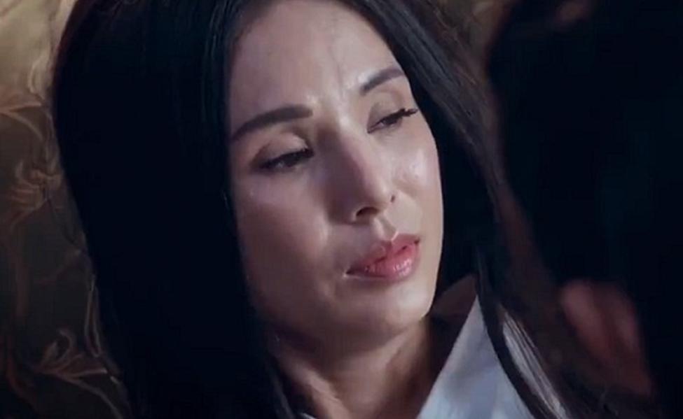 Tiểu Long Nữ đẹp nhất màn ảnh lộ da mặt nhăn nheo, già nua gây thất vọng-6