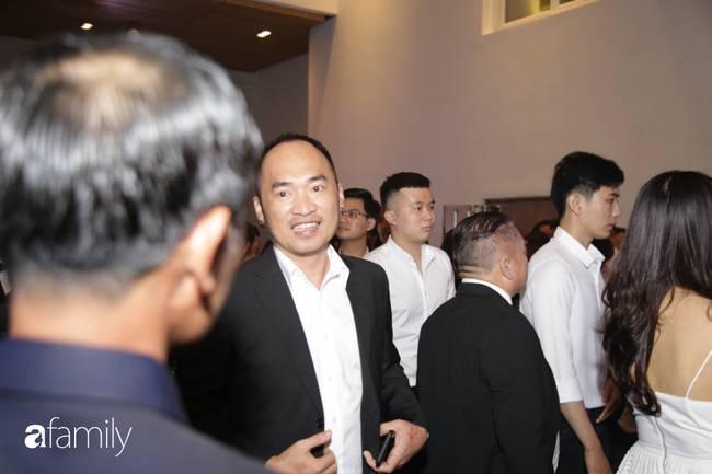 Dàn khách mời cực khủng với Trấn Thành làm MC, đại gia Phan Thành, Ưng Hoàng Phúc,... đều đến chúc mừng ái nữ Minh Nhựa-7