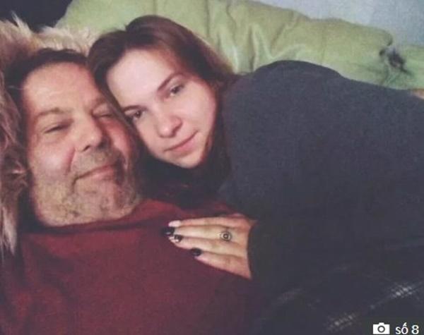 """Bất chấp bị mang danh thánh đào mỏ"""", thiếu nữ 16 tuổi vẫn yêu cụ ông 58-4"""