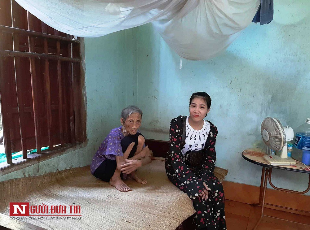 Vụ vợ chồng con trai bị tố nhốt mẹ 87 tuổi ở chuồng bò: Mẹ từng xin ăn nuôi con khôn lớn-3