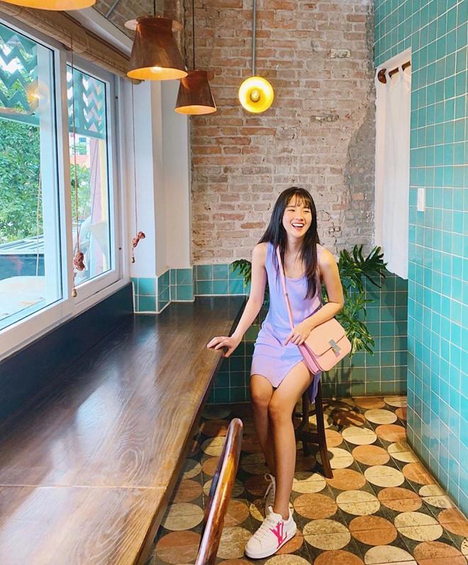 Quỳnh Anh Shyn, Chi Pu rủ nhau mặc bikini, Châu Bùi diện toàn đồ hiệu-7