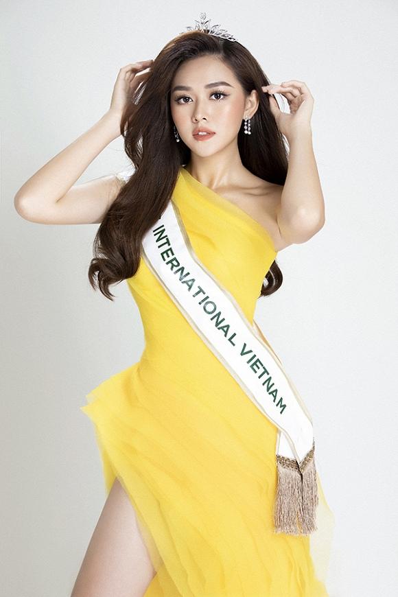 Á hậu Tường San tiếp tục ghi điểm với hình ảnh ngọt ngào, chuẩn gu Miss Internatinal-1