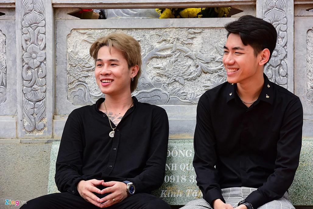 Nghệ sĩ Hoài Linh làm lễ rước kiệu trong ngày giỗ Tổ nghề-5