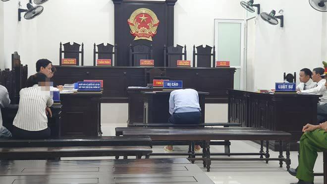 Vụ hiếp dâm bé gái 9 tuổi: Bị cáo chối tội và lời kể kinh hoàng của nhân chứng-2