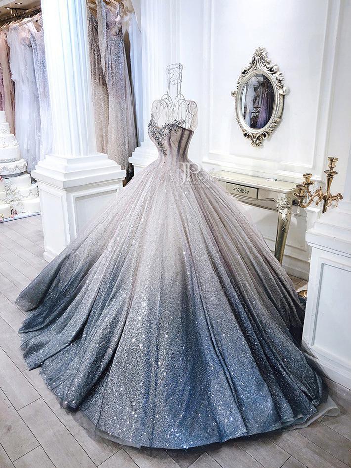 3 bộ váy cưới trị giá 700 triệu của ái nữ nhà Minh Nhựa: Áo dài có thể tiết kiệm nhưng váy cưới phải xa hoa bậc nhất-8