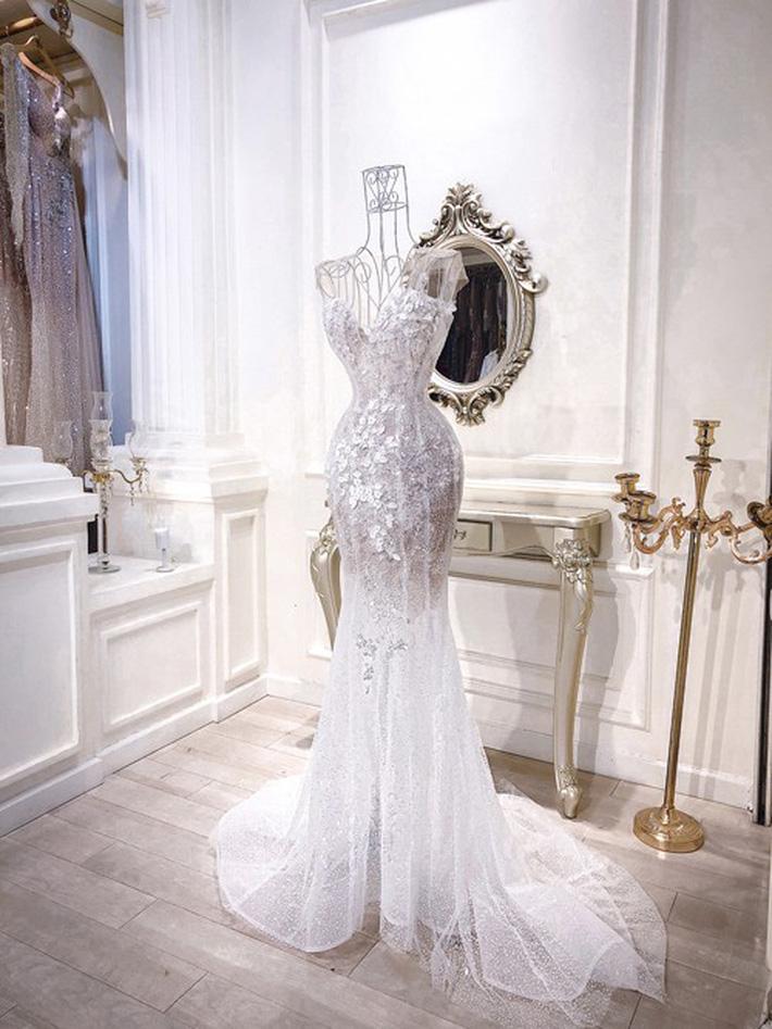 3 bộ váy cưới trị giá 700 triệu của ái nữ nhà Minh Nhựa: Áo dài có thể tiết kiệm nhưng váy cưới phải xa hoa bậc nhất-10