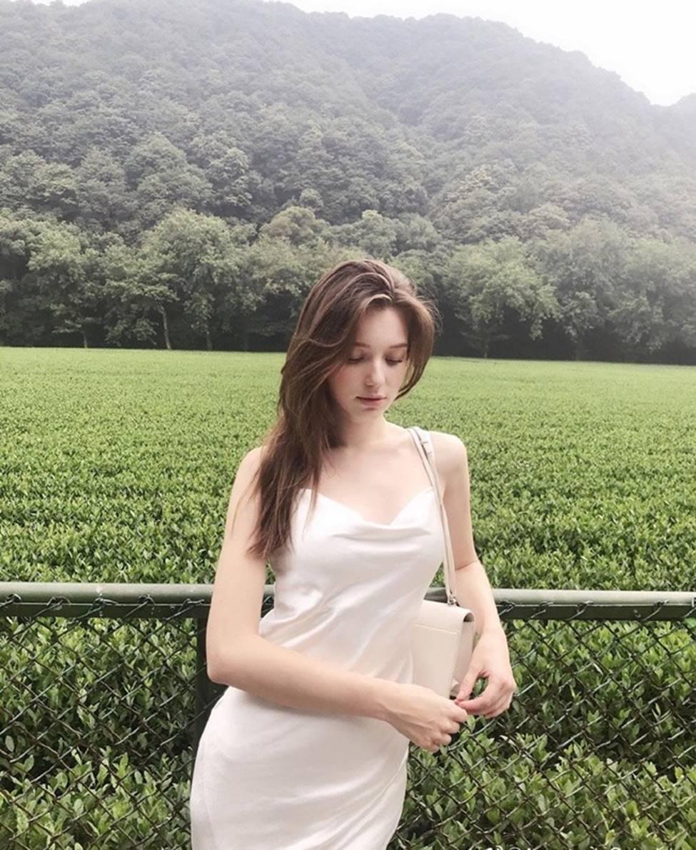 Vẻ đẹp của tiên nữ Đông Âu đang khiến thanh niên châu Á phát cuồng-12