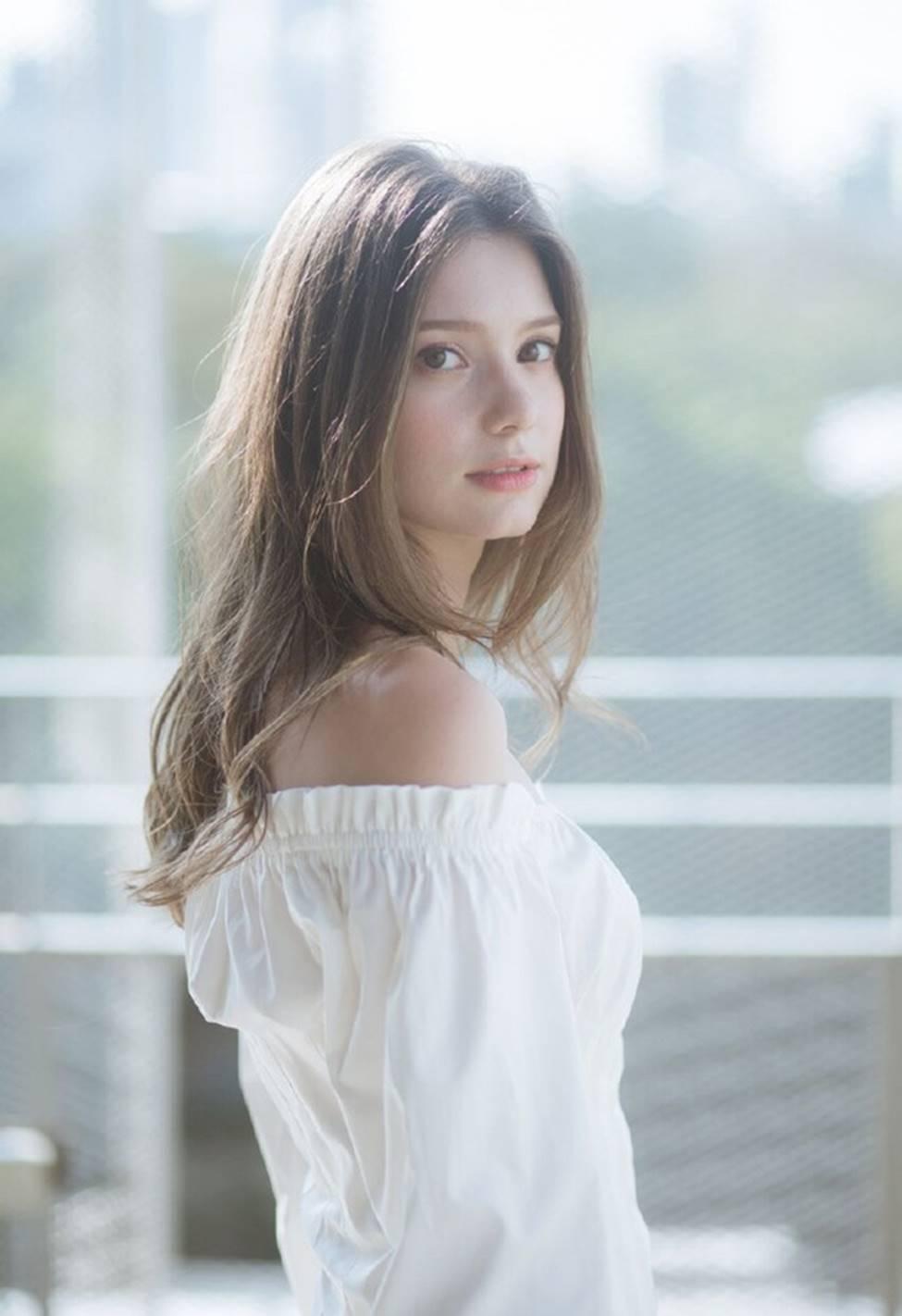 Vẻ đẹp của tiên nữ Đông Âu đang khiến thanh niên châu Á phát cuồng-14