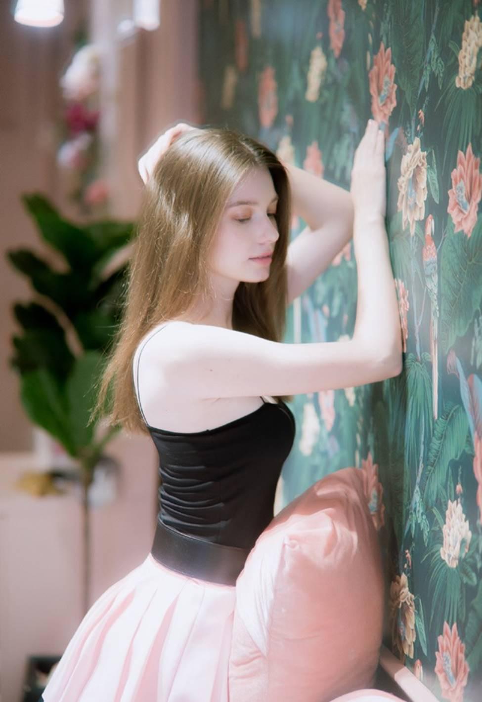 Vẻ đẹp của tiên nữ Đông Âu đang khiến thanh niên châu Á phát cuồng-15