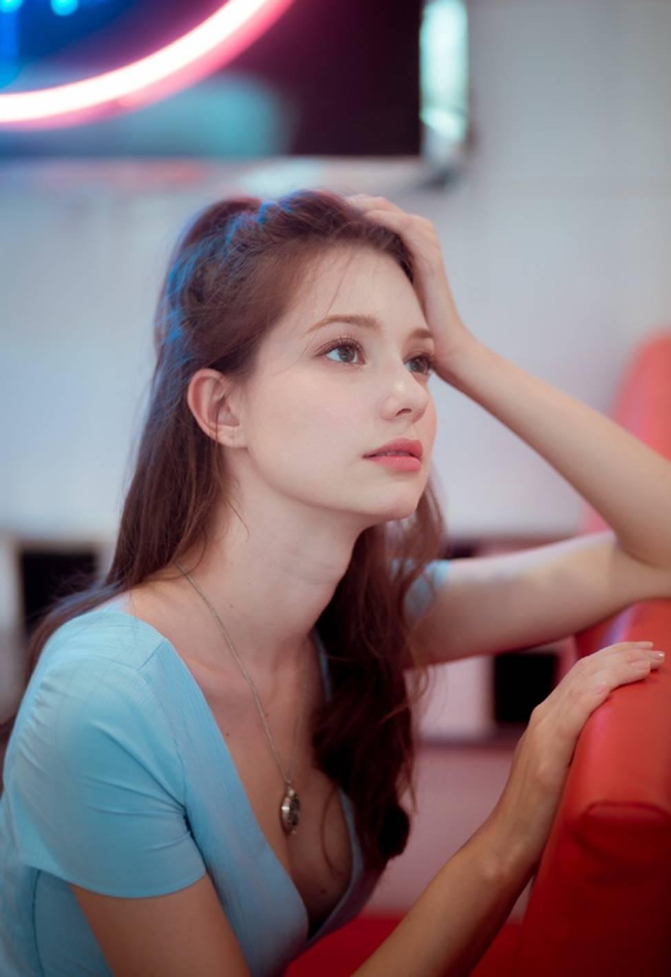 Vẻ đẹp của tiên nữ Đông Âu đang khiến thanh niên châu Á phát cuồng-16