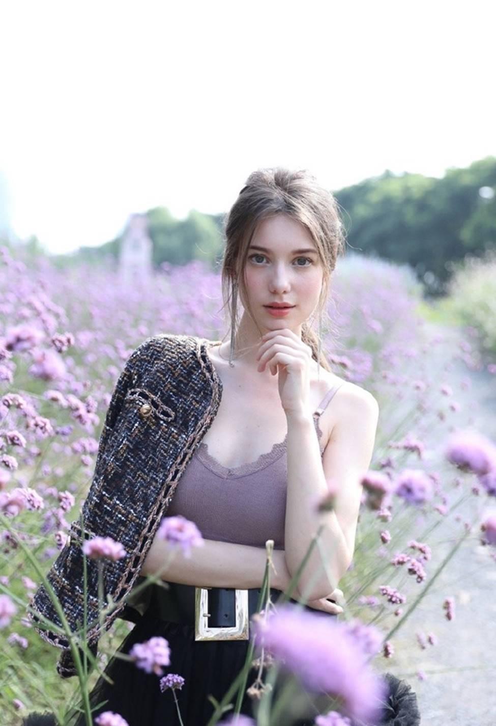 Vẻ đẹp của tiên nữ Đông Âu đang khiến thanh niên châu Á phát cuồng-17