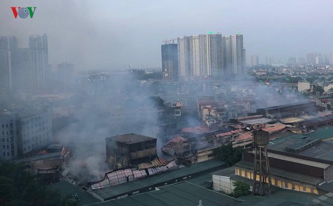 Chủ tịch Hà Nội lệnh tẩy độc, di dời Công ty cổ phần bóng đèn phích nước Rạng Đông-1