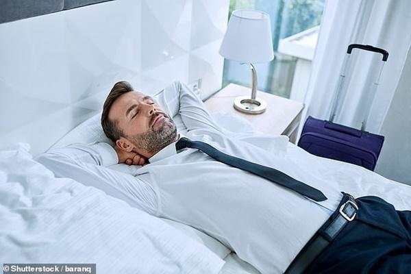 Giới khoa học khẳng định: Ngủ trưa ít nhất 2 lần/tuần giúp kéo dài tuổi thọ, giảm 48% nguy cơ đột quỵ-2
