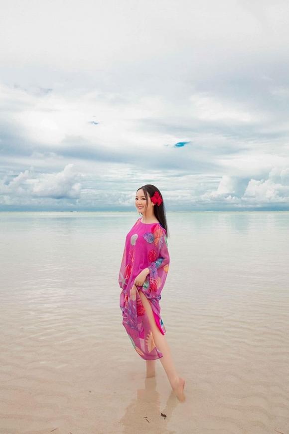 Hoa hậu Đền Hùng Giáng My lại thả dáng gợi cảm trên biển-7
