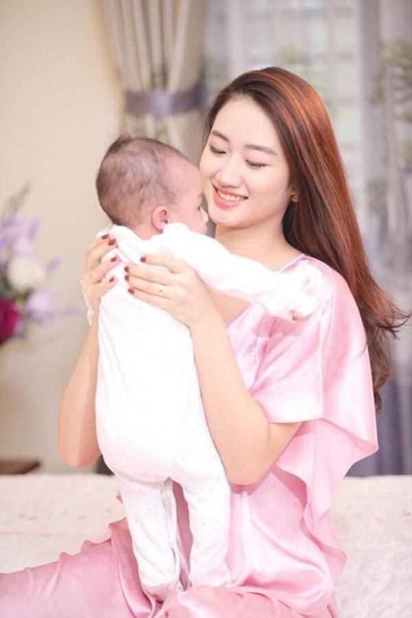 Hoa hậu Việt gây tranh cãi vì lấy chồng đại gia hơn 19 tuổi khi vừa đăng quang bây giờ ra sao?-3