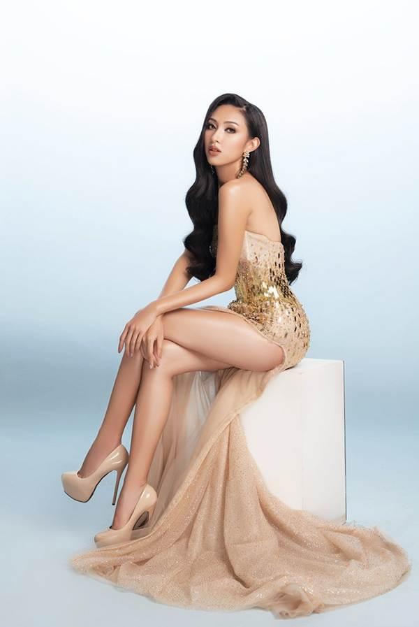 Đại diện Việt Nam tại Miss Asia Pacific khoe ba vòng nóng bỏng với đầm dạ hội-4