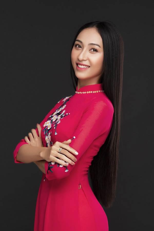 Đại diện Việt Nam tại Miss Asia Pacific khoe ba vòng nóng bỏng với đầm dạ hội-8