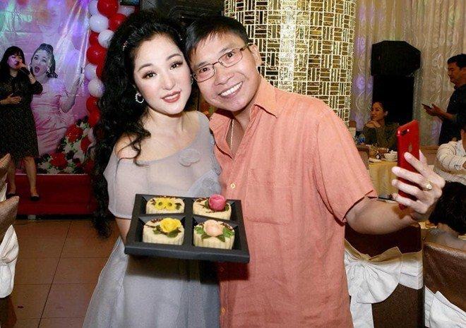 Những chiếc bánh Trung thu cuối cùng tuyệt đẹp của nghệ nhân khiến cả dàn sao Việt tiếc thương-14